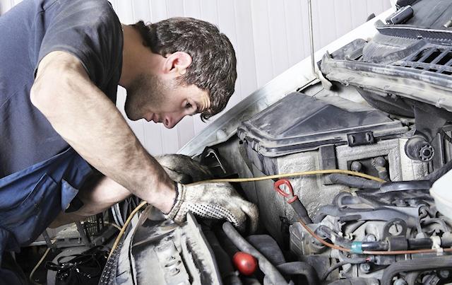 Que peut-on réparer soi-même sur sa voiture ?